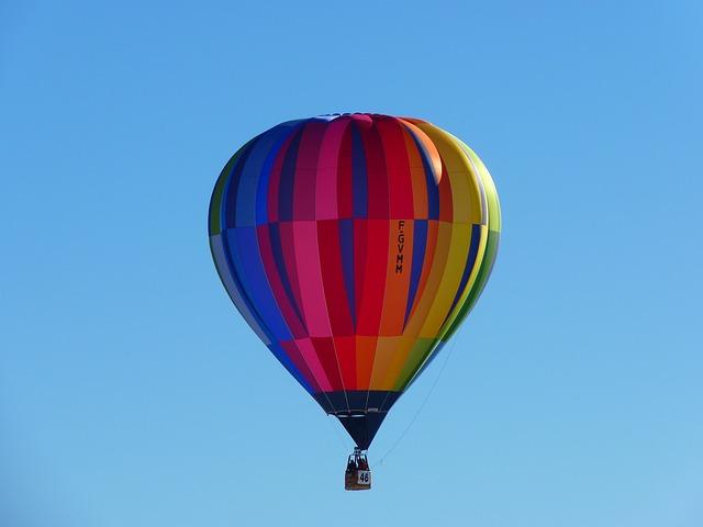 let balonem skvělý dárek k výročí