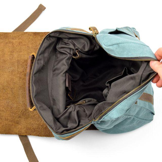 vnitřek batohu Oita